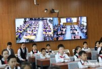 """【信息技术教育】""""博士课堂""""开启2.0时代:深圳、鄂尔多斯两地学生实现同步互动上课!"""