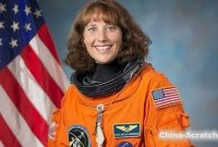TED演讲 | 美国宇航员Dottie谈STEM教育是未来的根基